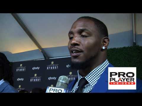 St. Louis Rams Robert Quinn hit the 2014 NFL Honors Red Carpet