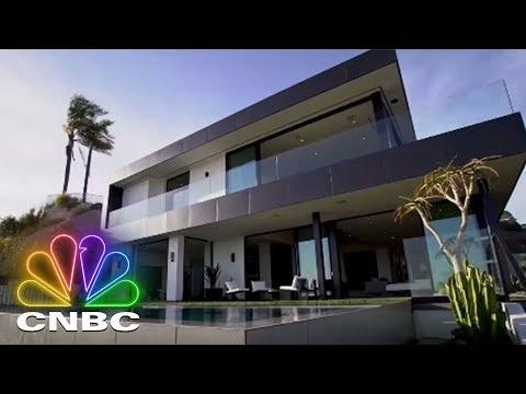 Secret Lives Super Rich: Real Estate Marketing Guru Can Get Mega-Rich Mansions Sold | CNBC Prime