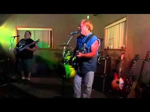 FLYTE LIVE at adrian eagles-with RIK SKIT on drums