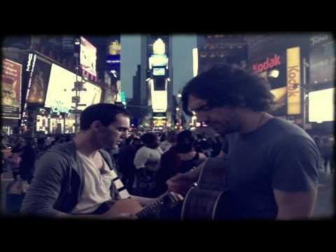 "Snow Patrol sing ""New York"" in Times Square"
