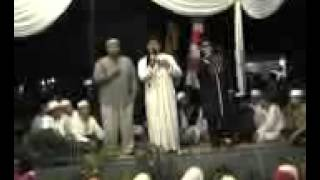 Download Video Ust Mohay Attaly & Ust Jefry Al Buchori MP3 3GP MP4