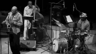 Trio 3 Oliver Lake, Reggie Workman, Andrew Cyrille - at Vision Festival 17 - June 16 2012.mp3