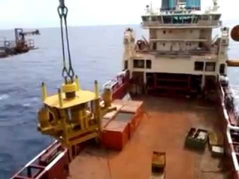 HOIST - Offshore Pedestal Crane Boom Hoist Faliure