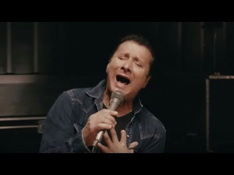 Steve Perry Granted A Restraining Order Against Phil Brown