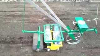 Сеялка ручная для трав СТР-0,28 (ВПС 27/1)(www.rosta.ua Сеялка ручная для трав предназначена для точного посева семян различных трав, например таких как:..., 2014-08-21T21:34:26.000Z)