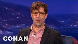jason sudeikis bald head is irresistable conan on tbs