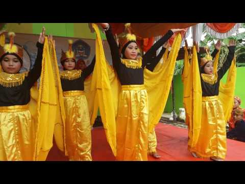 Kreasi Tarian Manuk Dadali SDIT TIS Grade Five