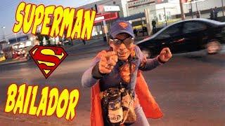 SUPERMAN BAILADOR - AlexRooster