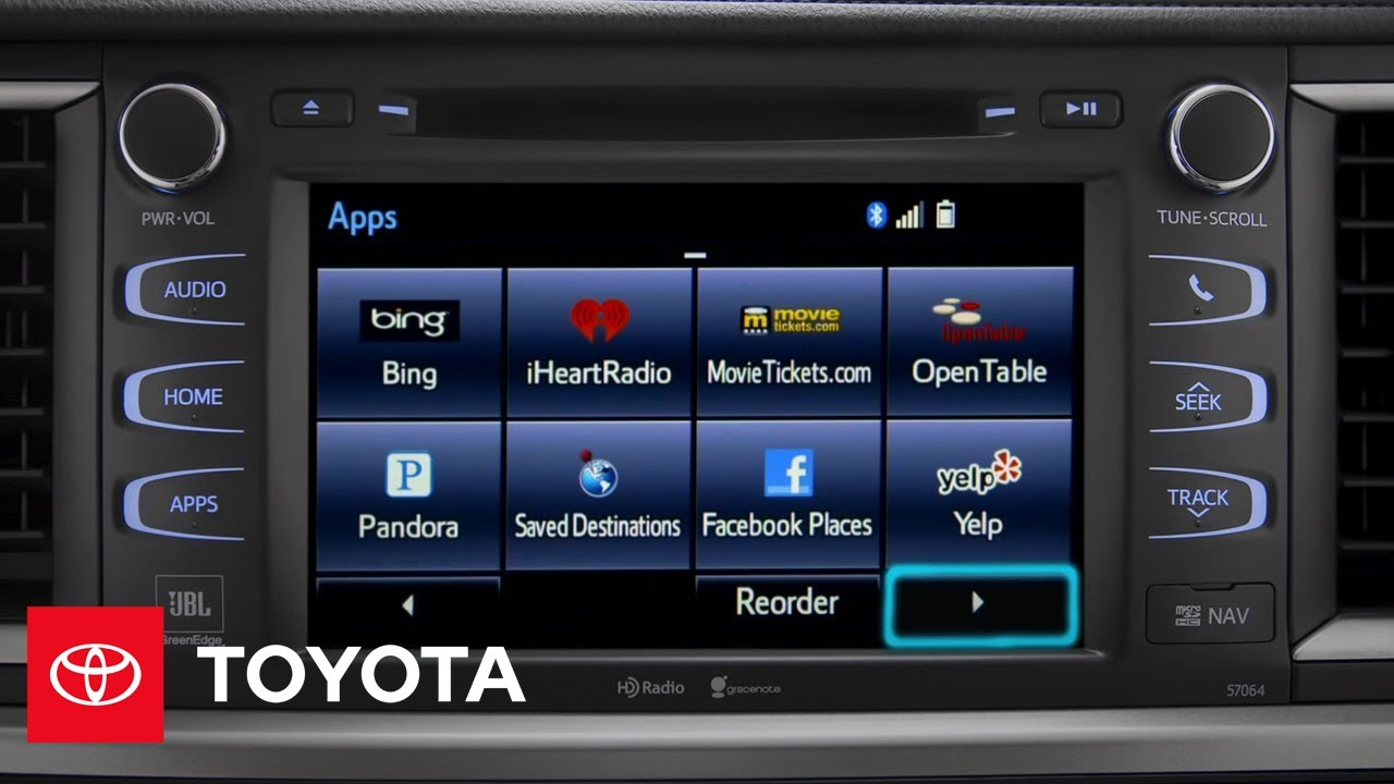 Toyota Entune Offers Bluetooth, Sirius XM & More to Drivers