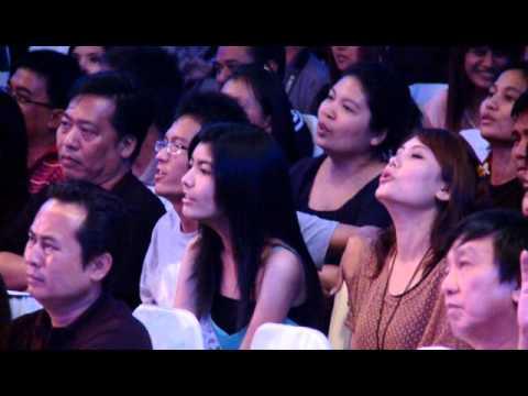 Zaw Win Htut: ေဇာ္၀င္းထြဋ္ − အခ်စ္မ်ားသူ႔ဆီမွာ (Full HD)