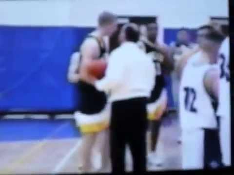 Ben Saxton basketball