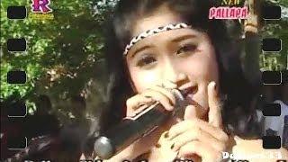 Video Reza Lawang Sewu - Layang Sworo - OM New Pallapa download MP3, 3GP, MP4, WEBM, AVI, FLV Desember 2017