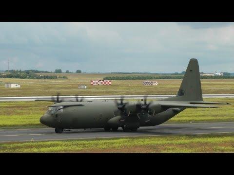 Royal Air Force C-130 + 2x Unites States Air Force AC-130 Spooky II takeoff