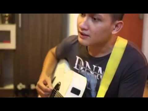Kerennya suara Juan Christian Benedict nyanyi lagu