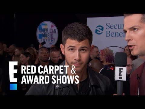 Nick Jonas Gives Love Life Update at  AMAs  E Red Carpet & Award Shows