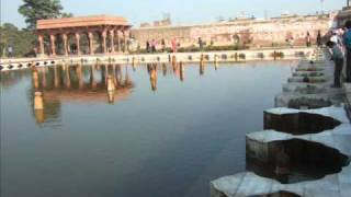 The Shalimar Garden Lahore Pakistan .wmv