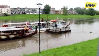 Wisła zalewa bulwary w Krakowie. Fala kulminacyjna w sobotę