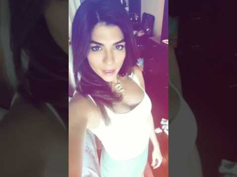 Archana vijaya hot in ipl 10 thumbnail