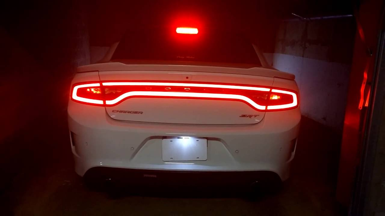 Charger Srt Hellcat >> Back to US tail light 1/3 French Dodge Charger SRT 392 ...