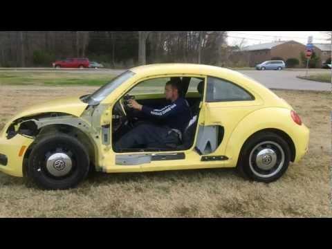 2012 Volkswagen Beetle - SDA 793185