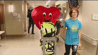 CORE Volunteers Deliver Gift Bags To Patients Waiting For Life-Saving Transplants