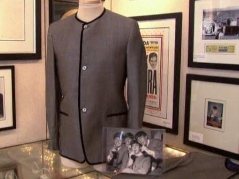 Пиджаки Beatles уйдут с молотка (новости)