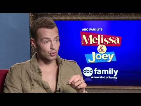Joey Lawrence Talks 'Melissa & Joey'