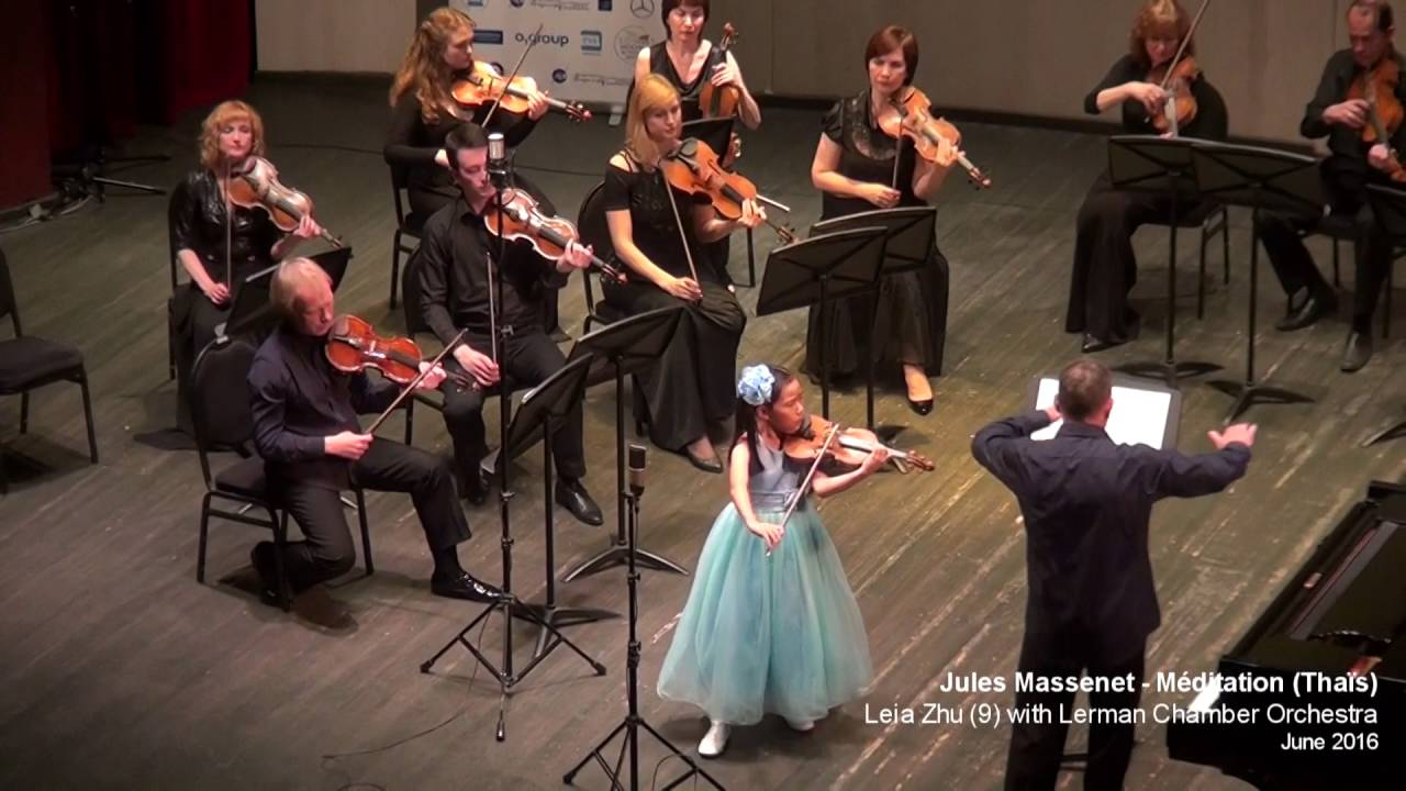 Violinist Leia Zhu Performs at the XII International Festival' Moscow Meet Friends'