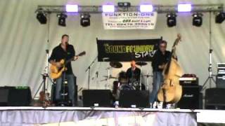 Love Invention Voodoo Kings Keresley festival 20th july 2010.wmv