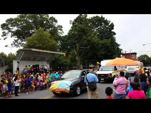 Desfile ECUATORIANO desde Trenton NJ.