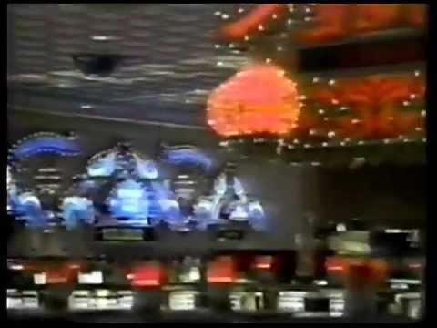 Michael Jackson at the Trump Taj Mahal Casino (1990)