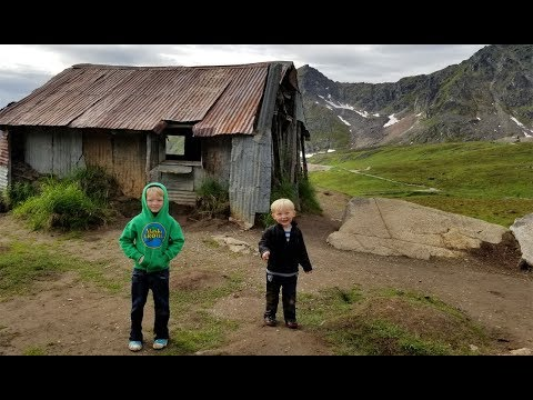 ALASKA!!! Fishing, Hiking, Abandoned Gold Mines and More! (WT part 10)