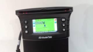Nawigacja równoległa dla mniejszych gospodarstw  Ez-Guide 250 + Ez-Steer