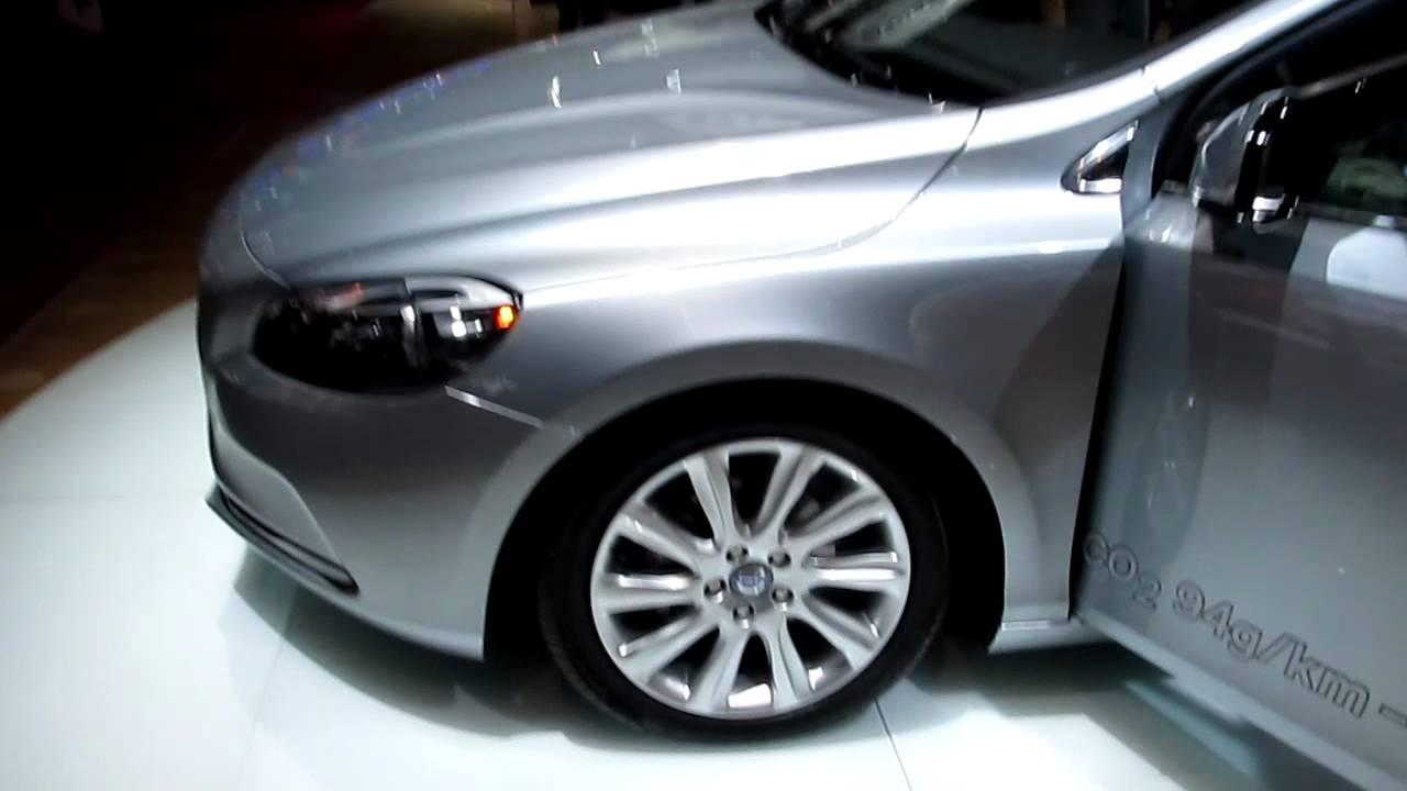 Volvo V40 silver metallic modelyear 2013 @ auto show Paris 2012 - YouTube