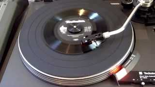 Demo dbx encoded vinyl LP - *WARNING* undecoded dbx audio in clip - you need dbx decoder to listen.