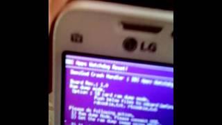 Meu  LG l35 não sai da tela rosa. Não entra no modo download