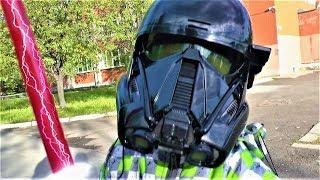 Макс открывает игрушки Звездные войны для детей
