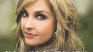 Watch Sunny Sweeney Fall For Me video
