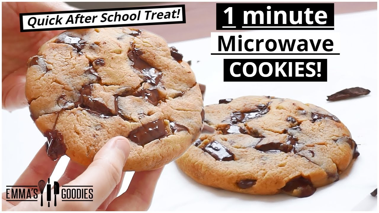 1 Minute Microwave CHOCOLATE CHIP COOKIE ! The EASIEST Chocolate Chip Cookies Recipe