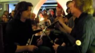 """John McSherry, Ronan Le Bars et Calum Stewart au """"Georges Zinc"""" à Carhaix"""