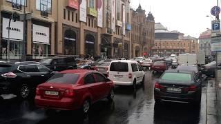 Власники авто з єврономерами спричинили масштабні затори у центрі Києва