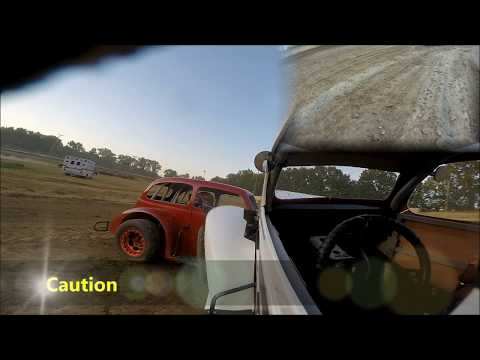20180525 Moler Raceway Park Legends Heat Race #1 CRASH!