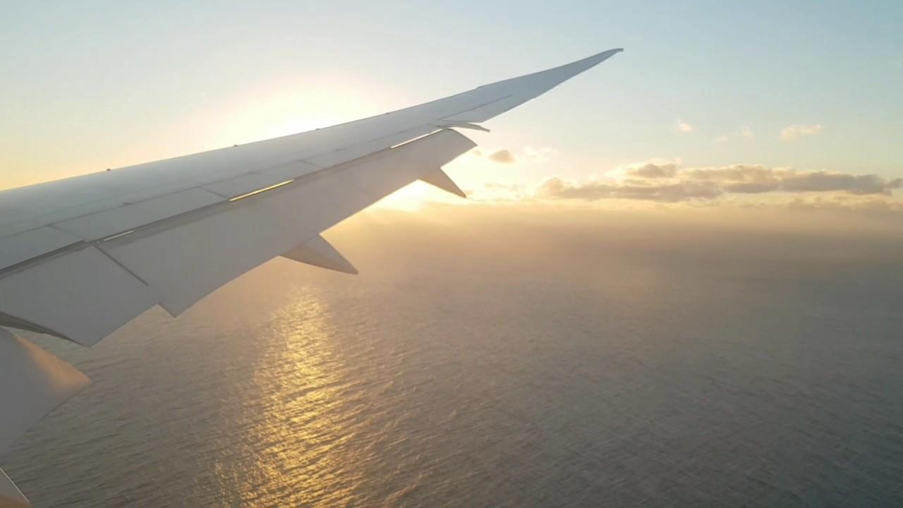 Air India AI302 flight sunrise landing at Sydney airport