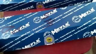 Стойки стабизатора передние Meyle 3160600016 и 3160600017
