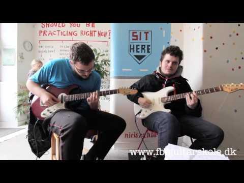 Frederiksberg Guitarskole - gratis første lektion!*