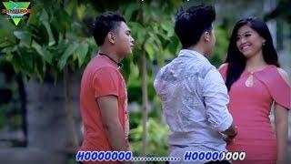 Nanda Feraro - Bisane Mung Nyawang (Official Music Video)