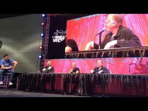 Villains Panel (Liam McIntyre and Gonzalo Menendez) - Stan Lee's LA Comic Con 2016 - HallH.com