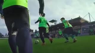 Xherdan Shaqiri giả ông già troll các cầu thủ trẻ!!!