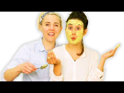 Fiancées Try a DIY Face Mask thumbnail
