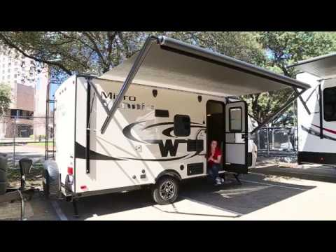 Excellent 2016 Winnebago Micro Minnie 1706FB Travel Trailer Only 3180 Pounds